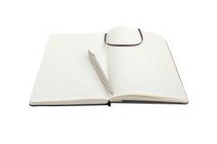 Notizbuch und Stift auf Weiß mit Pfad Stockfotos