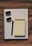 Notizbuchpapier mit Kopienraum für Text Stockfotografie