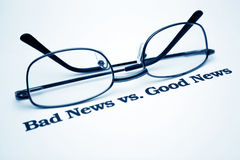 Notizie di notizie difettose vs.good Immagine Stock Libera da Diritti