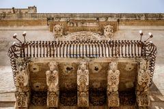 NOTO ITALIEN - detalj av den barocka balkongen, 1750 Royaltyfria Foton