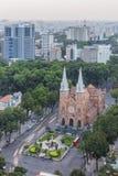 Notre Damae amd Katedralny centrum miasta w zmierzchu Obrazy Stock
