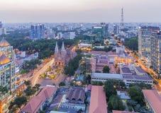 Notre Damae centrum miasta w zmierzchu i katedra Zdjęcie Royalty Free