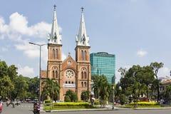 Notre Damae katedra, Nha Tho Duc półdupki, budowa w 1883 w Hochiminh mieście, Wietnam Obrazy Royalty Free