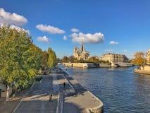 Notre Damae katedra przy poradą wyspa De Los angeles Cytujący, Paryż, F obraz royalty free