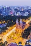 Notre Damae katedra w nocy Fotografia Royalty Free
