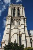 Notre Damae katedry wierza w Paryż Zdjęcia Stock