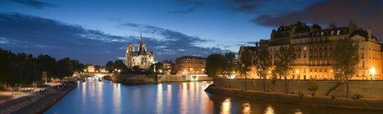 Notre Dame都市风景,巴黎 免版税库存图片