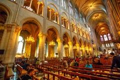 Notre Dame εσωτερική Στοκ Εικόνες