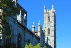 Notre-Dame basilikaMontreal Kanada QC Arkivfoto