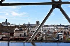 Notre Dame Cathedral del Centre Pompidou París, Francia, el 12 de agosto de 2018 imagen de archivo
