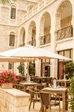 Notre Dame de Jerusalem, caffè all'aperto Fotografia Stock Libera da Diritti