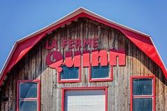 Notre-Dame-de-l ` Ile-Perrot, större Montreal område, Quebec, Kanada - mars 27, 2016: Quinn lantgård på solig påskdag Royaltyfri Foto