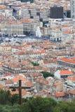 从Notre Dame de la加尔德角的看法在奎伊des Belges,马赛 免版税库存照片