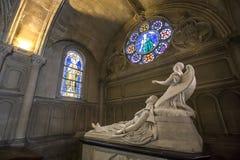 Notre Dame de la medkänsla kyrka, Paris, Frankrike arkivbilder