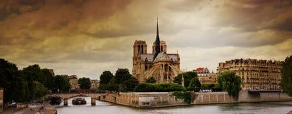 Notre Dame de Parigi Fotografia Stock Libera da Diritti