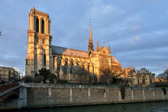 Notre Dame de Paris at dusk Royalty Free Stock Photography