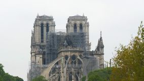 Notre Dame De Paris efter branden lager videofilmer