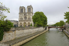 Notre Dame de Paris, en París Francia Foto de archivo libre de regalías