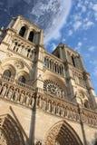 Notre Dame de Paris Frankrijk onder de maan stock illustratie
