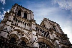 Notre Dame de Paris Front photos libres de droits