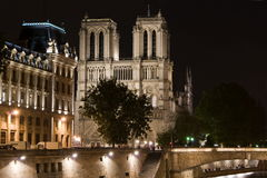 Notre-Dame de Paris by night Royalty Free Stock Images
