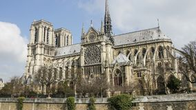 Notre Dame de Paris, o Notre Dame Cathedral, Par?s, Francia Lapso de tiempo metrajes