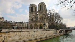 Notre Dame de Paris oder Notre Dame Cathedral, Paris, Frankreich stock video footage