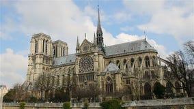 Notre Dame De Paris, także znać jako Notre Damae katedra, Paryż, Francja zbiory wideo