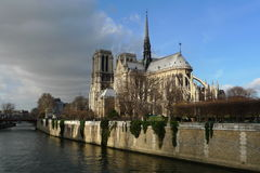 Notre Dame - den mest berömda franskakyrkan Arkivbild