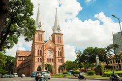 Notre-Dame domkyrkabasilika av Saigon Arkivbilder