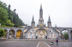 Notre Dame du Rosaire de Lourdes Basilica av vår dam av radbandet det roman - katolsk kyrka i Lourdes, Frankrike Royaltyfri Bild