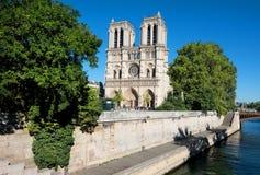 Notre Dame et la Seine photo libre de droits
