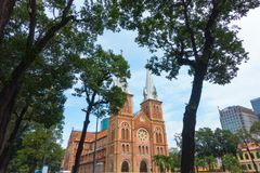 Notre-Dame Katedralna bazylika Ho Chi Minh miasto - Wrzesień 2017, Ho Chi Minh miasto, Wietnam obraz stock