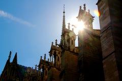 Notre Dame kyrka i paris Frankrike Arkivbild