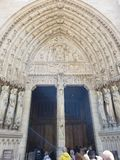 Notre Dame Outside Paris France immagini stock libere da diritti