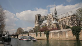 Notre Dame Parijs stock video