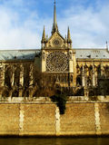 Notre Dame, una visión desde el agua - París Fotografía de archivo