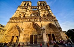 Notre- Damekathedrale in Paris stockbilder