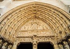 Notre- Damekathedraleskulptur Stockfotos