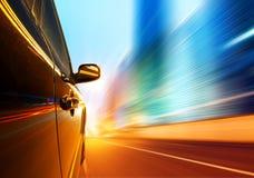 Notte, automobile ad alta velocità Immagine Stock Libera da Diritti