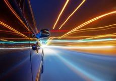 Notte, automobile ad alta velocità Immagini Stock
