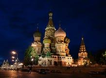 Notte, chiesa di Vasily Blazhennogo Fotografia Stock Libera da Diritti