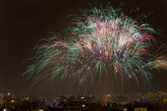Notte dei fuochi d'artificio di Alborada per un'ora nella città di Elche Fotografia Stock