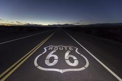 Notte del deserto del Mojave di Route 66 Fotografia Stock Libera da Diritti