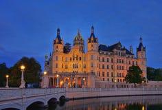 Notte del palazzo di Schwerin Fotografia Stock