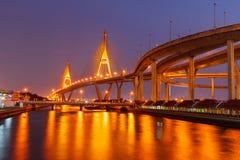 Notte del ponte di Bhumibol Immagini Stock Libere da Diritti