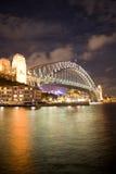Notte del ponticello di Sydney Fotografie Stock