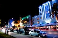 Notte del sud della spiaggia di Miami Immagine Stock
