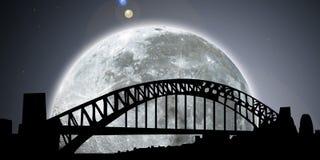 Notte dell'orizzonte di Sydney con la luna Fotografia Stock Libera da Diritti