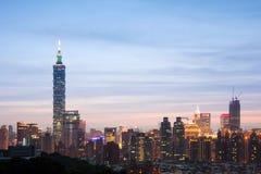 Notte della città di Taipei fotografie stock